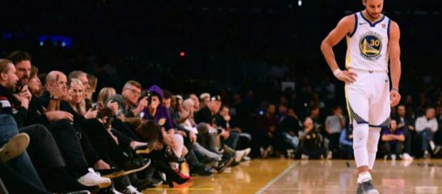 NBA: Golden State gagne mais Curry se blesse - lanouvellerepublique.fr