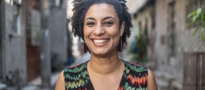 Um dia após reclamar de violência policial, vereadora do PSOL é morta no RJ