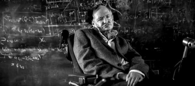 Stephen Hawking previu apocalipse causado por inteligência artificial