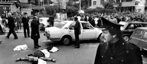 16 marzo 1978: via Fani subito dopo il rapimento di Aldo Moro