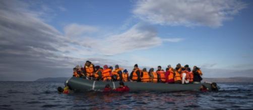 Agenda Ue sull'immigrazione a rilento nei ricollocamenti e nei ... - eunews.it