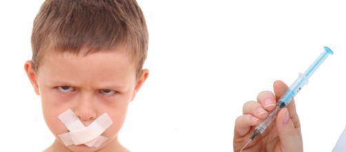 El absurdo de las vacunas masivas obligatorias — DSalud - dsalud.com