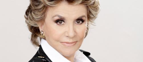 Franca Leosini di Storie maledette: icona pop e icona gay - elle.it