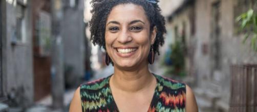 Marielle Franco foi assassinada na noite de quarta, no centro do Rio de Janeiro. Polícia trabalha com hipótese de execução.