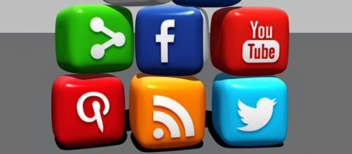 Social media block - (Image via Nominalize /Pixabay)