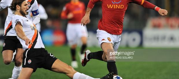 AS Roma v Shakhtar Donetsk - UEFA Champions League Photos and ... - gettyimages.co.uk