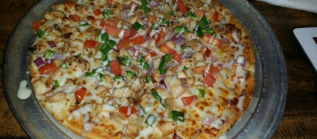 Chicken and Ranch personal pizza straight edible crack - Yelp - yelp.com