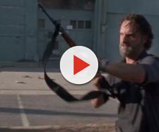 Rick em cena do próximo episódio de The Walking Dead