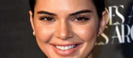 Este extraño tatuaje de Kendall Jenner es producto de una ... - msn.com
