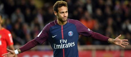 Neymar poderia sair para o Real Madrid. (foto reprodução).
