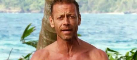 Rocco Siffredi fa una rivelazione choc sull'Isola dei Famosi.