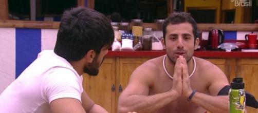 Kaysar se sentiu muito mal e Globo interviu