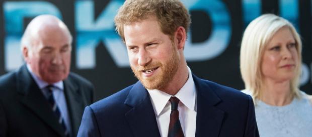 El príncipe Harry cumple 33 años: del sueño de viajar al espacio a ... - revistavanityfair.es