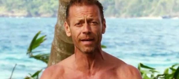 Rocco Siffredi, Isola: la sua verità sui naufraghi sorprende tutti - blastingnews.com