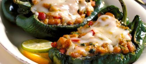 Algunos platillos vegetarianos son apropiados para comidas al aire libre. - bushbeans.com