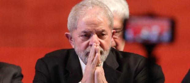 Lula voltou a se defender nesta sexta