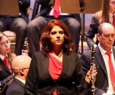 Soprano Teresa Nunes acompanhada pela Banda de Antas