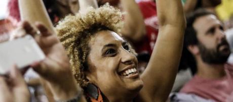 Asesinan a Marielle Franco, activista de derechos humanos en Brasil   - com.mx