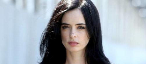 Badass Beauty: Get Jessica Jones' Makeup Look | StyleCaster - stylecaster.com