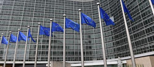 Commissione Europea pronta a mediare tra Russia e Ucraina sul ... - sputniknews.com