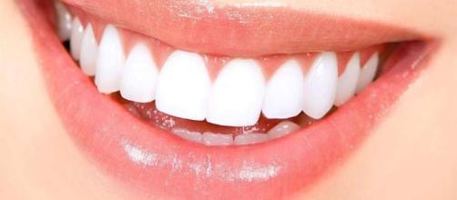 Las recetas de la abuela para blanquear los dientes - clarin.com