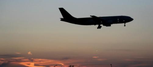 Otro efecto del cambio climático: más turbulencias en los vuelos. - com.ar