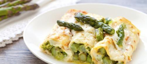 Ricetta Crepes agli asparagi. foto - cucchiaio.it