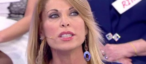 Gossip U&D, Anna Tedesco spiazza tutti e torna al Trono Over: ecco ... - blastingnews.com