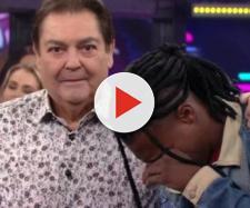 Homem simples chora ao conhecer Faustão e generosidade de apresentador comove