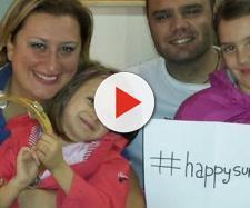Luigi Capasso, 43 anni, con la moglie Antonietta Gargiulo, 39 anni, e le figlie. L'appuntato ha sempre avuto una doppia vita.
