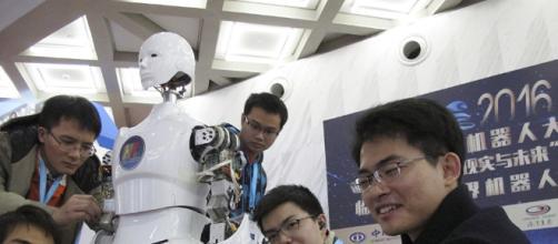 Con la tecnologia China juega un papel importante en nuestro futuro