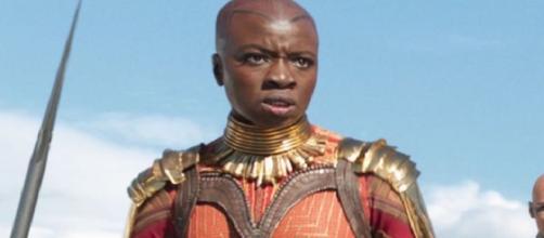 Por qué Okoye no está fascinado de ver a los Vengadores en Wakanda