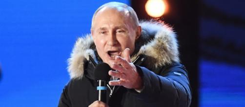 Putin se dirige a la nación rusa luego de su victoria en las elecciones presidenciales