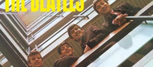 The Daily Beatle: Album covers: Please Please Me - blogspot.com