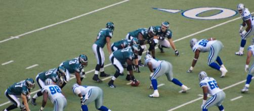 Will the Dallas Cowboys play rival Philadelphia Eagles on 2018 opening night? [Image by Billy Bob Bain / Wikimedia]
