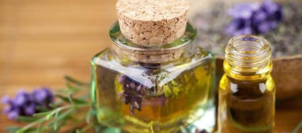 Cuáles son las propiedades del aceite esencial de lavanda
