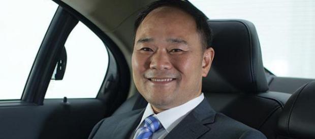 El chino que controla Geely, principal accionista de Mercedes ... - soymotor.com