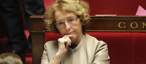 What.IsUp : A la Une: suite du dialogue entre les autorités et la ... - isup.ws
