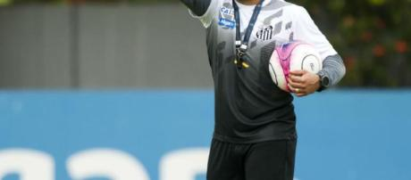 Jair Ventura, se siente frustrado por la derrota en Perú
