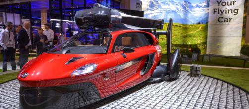 Automóvil volador, como en las películas