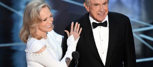 Dunaway y Warren Beatty volverán a presentar el Oscar a la Mejor Película