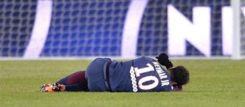 Preparador físico acredita que Neymar estará completamente recuperado para a estreia do Brasil na Copa.