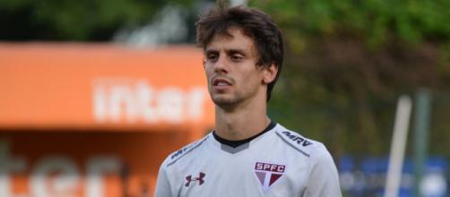 Rodrigo Caio não participou os treinos desta sexta