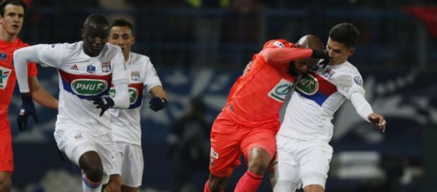 Caen gagne 1-0 et file en demi-finale