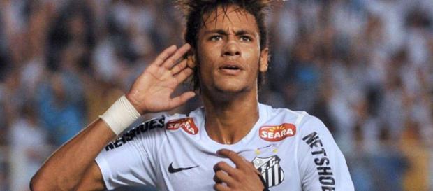 El Santos busca acercarse a su ex-estrella