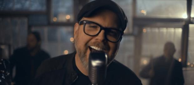 MercyMe frontman Bart Millard brings his courageous and personal story to the screen in 'I Can Only Imagine' Image cap mercymeVEVO/YouTube