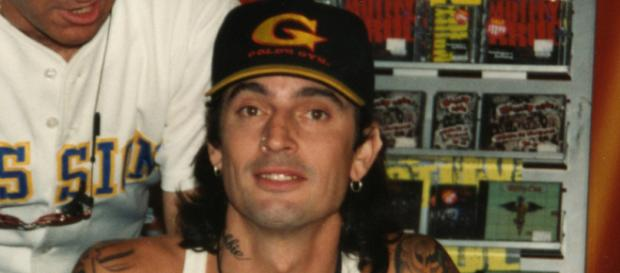 Tommy Lee claims son Brandon assaulted him. [Image Credit: Wikimedia Commons]