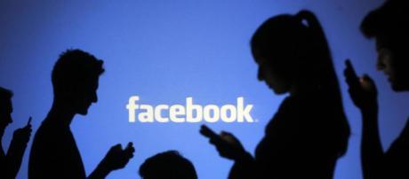 Cómo encuentra Facebook a las personas que quizás conozcas? - lavanguardia.com