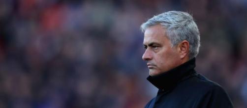 Manchester United: José Mourinho quiere más jugadores.