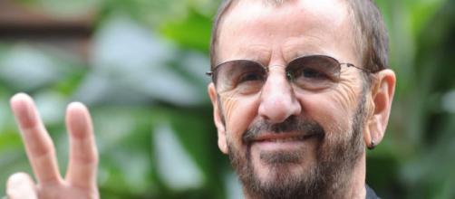 "Ringo Starr è finalmente ""Sir""! Le reazioni di Paul McCartney e ... - virginradio.it"